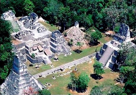 Site Maya de Tikal au Guatemala