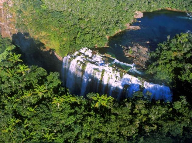 chutes-parc-national-noel-kempff-bolivie