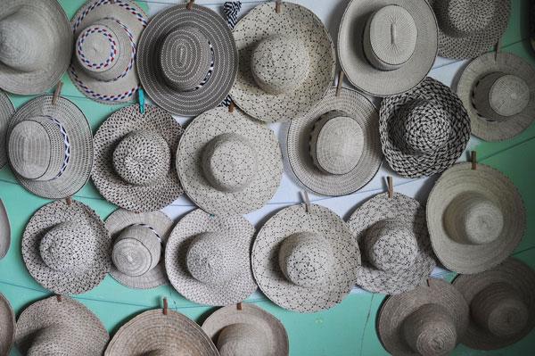 Au Panama découvrez le chapeau pintado