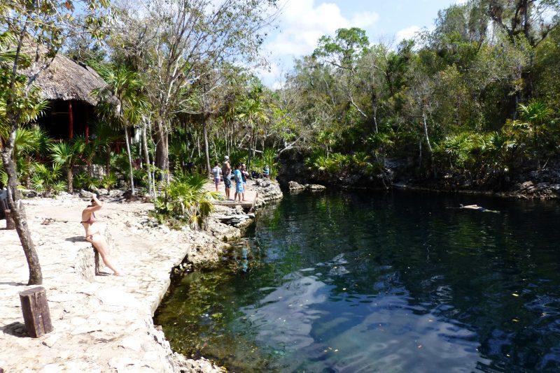 Cenote de la Cueva de los Peces
