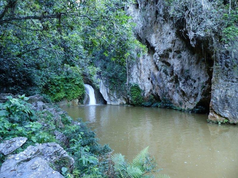 La cascade du sendero del Caburni