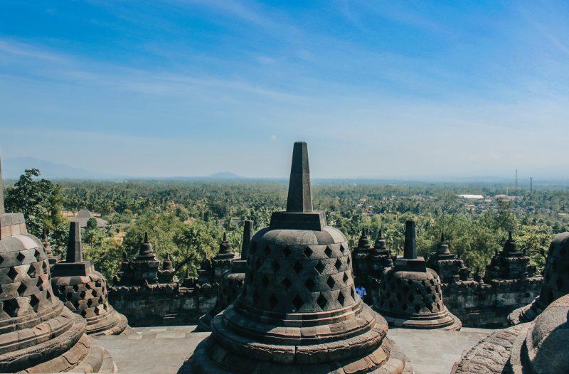 borobudur-temple-bouddhique-indonesie-