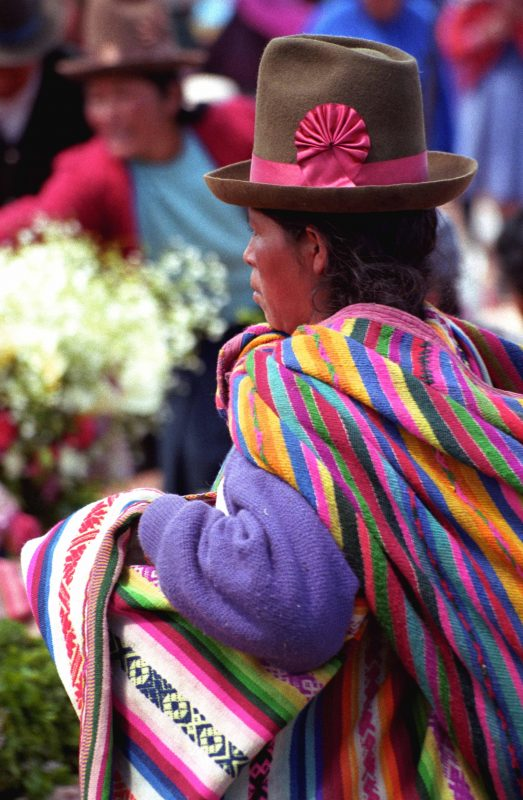 Marché de Chinchero en Bolivie - copyright Gauvert