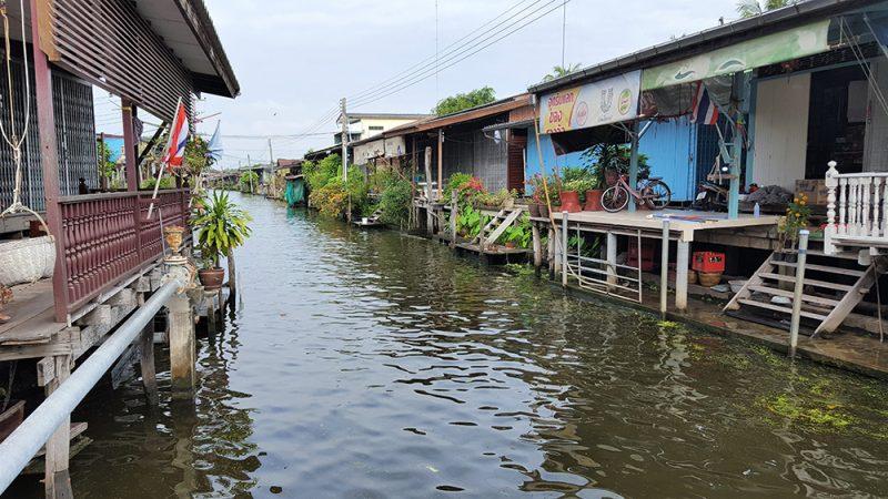 le marché flottant de Damoen Saduak