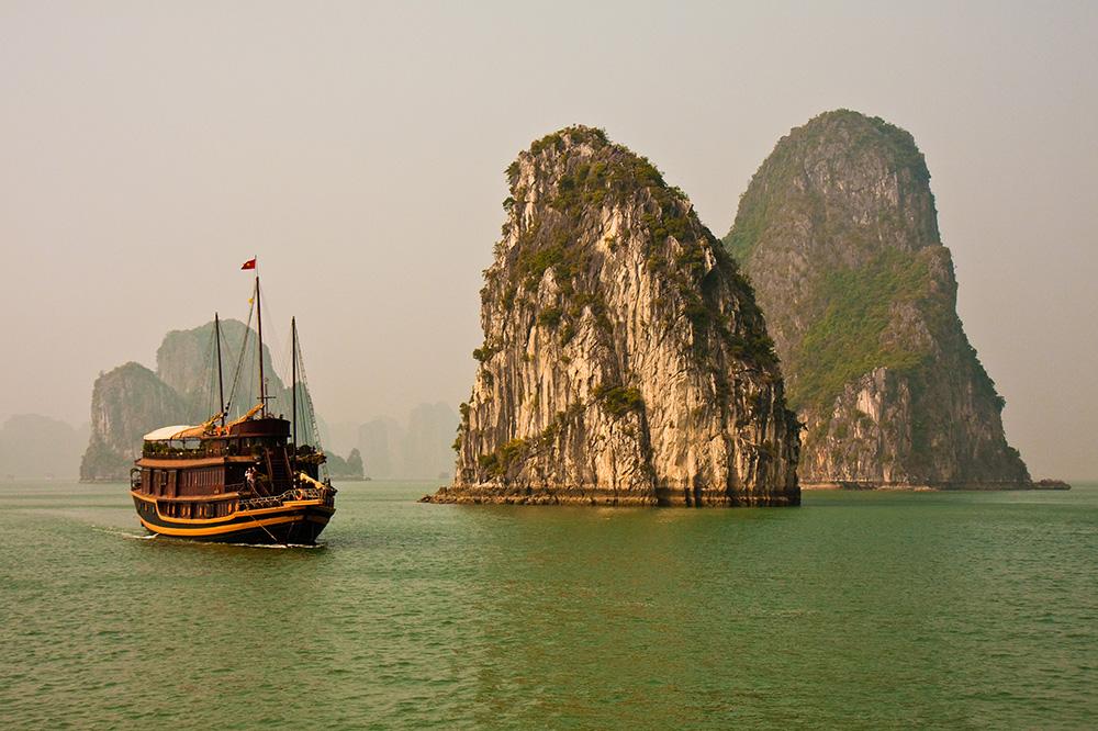 Baie Halong voyage sur mesure asie