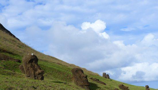 volcan-Rano-Raraku-moaïs
