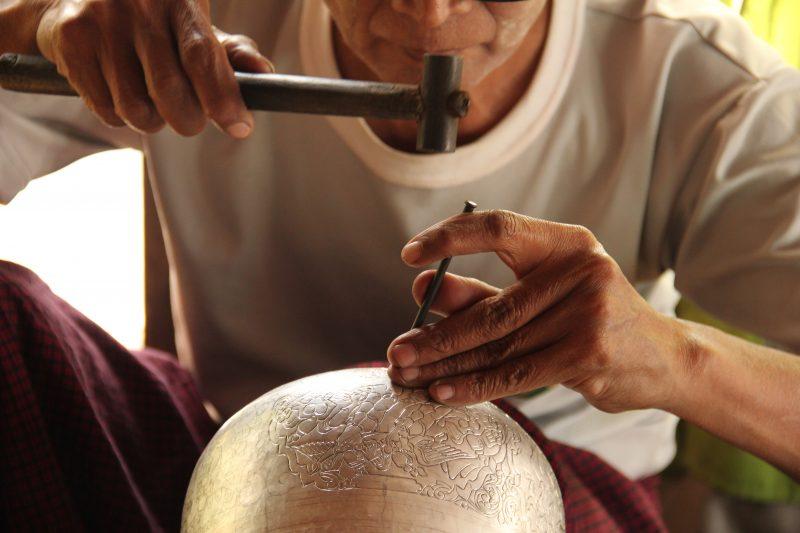 Fabrique d'argent à Inle, Birmanie