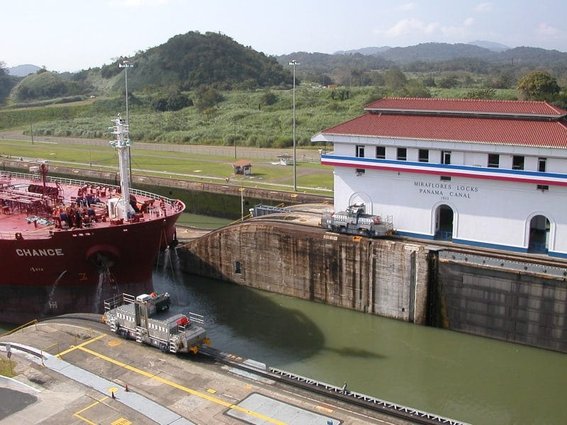ecluse miraflores canal panama