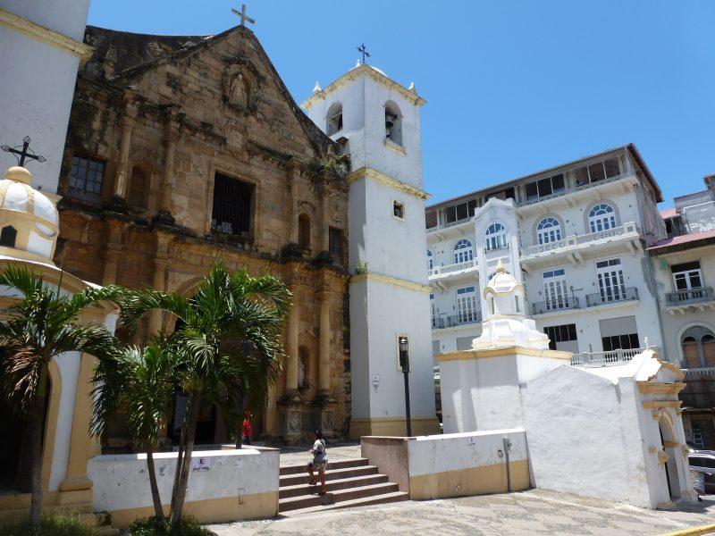 La Iglesia de la Merced casco viejo panama city