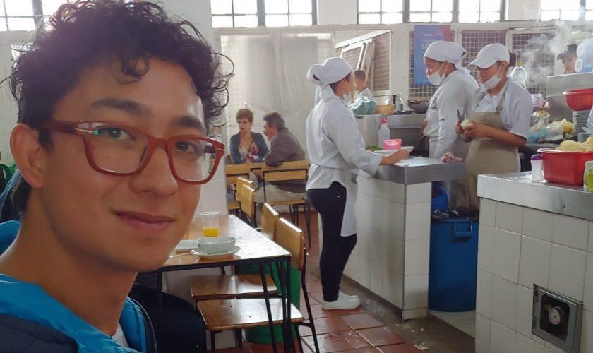 photo guide colombien – recoupée