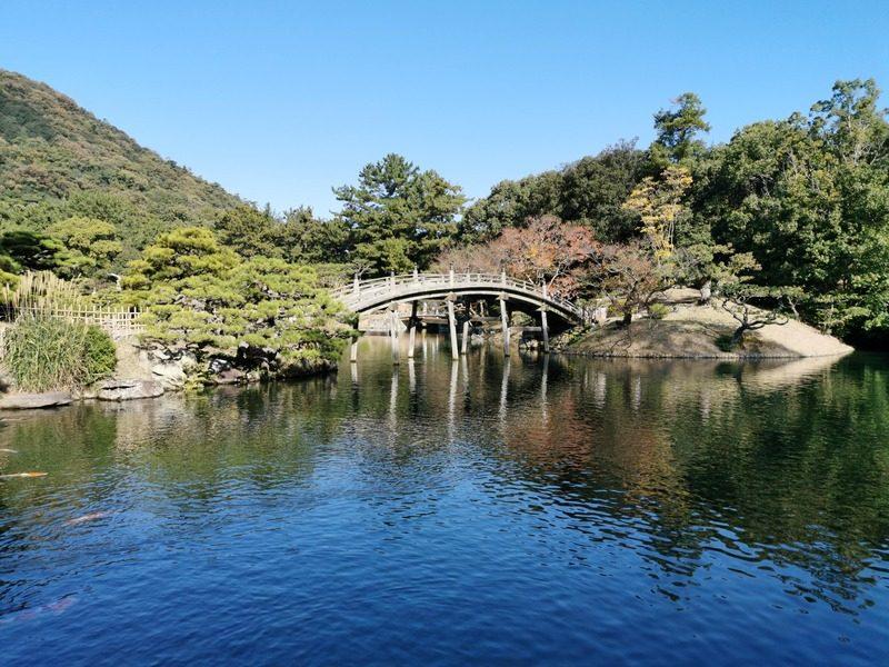 jardin-ritsurin-pont-takamatsu-japon