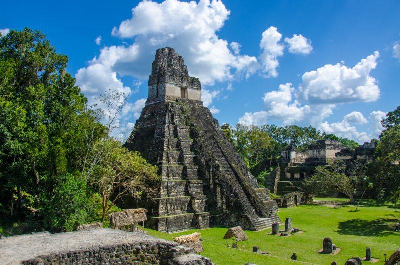 Ruine maya Tikal au Guatemala