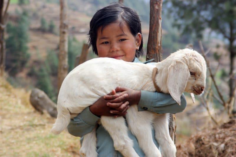 Petite fille au Népal